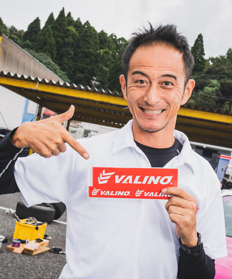 VALINO×ドリ天 コラボレーションタイヤ  235/40R18 95W XL