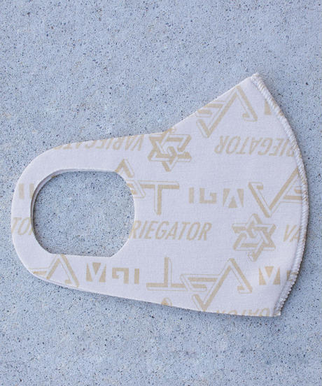 VARIEGATOR ロゴプリントマスク(総柄)