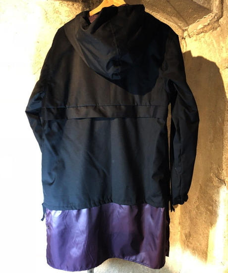 SIDE ZIP ANORAK / black