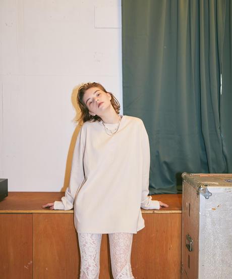 【PRE-ORDER】VIVAMUS LONG T-SHIRTS(BEIGE)