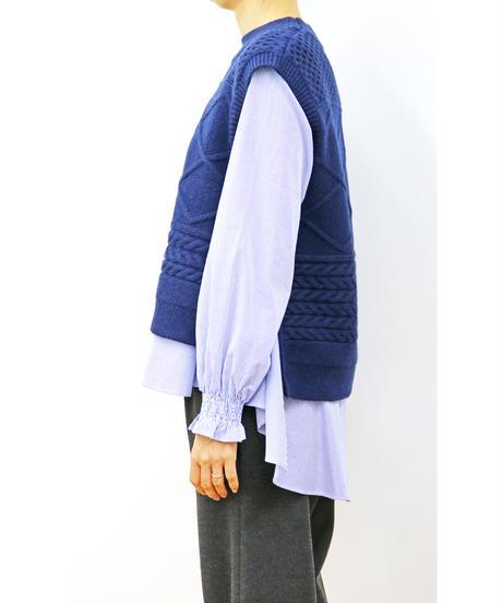 LOANA 80-70380 ニットベスト&シャツ
