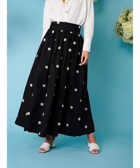 sister jane / Dear Daisy Embroidered Midi Skirt