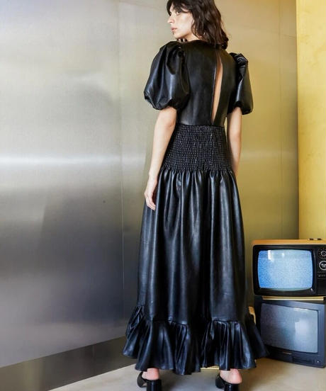 GHOSPELL / Off-air Faux Leather Midi Dress