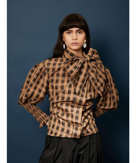 GHOSPELL / Curtain Call Bow Shirt