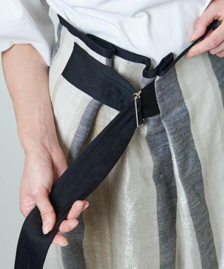 near.nippon / リネンラメ ストライプ スカート