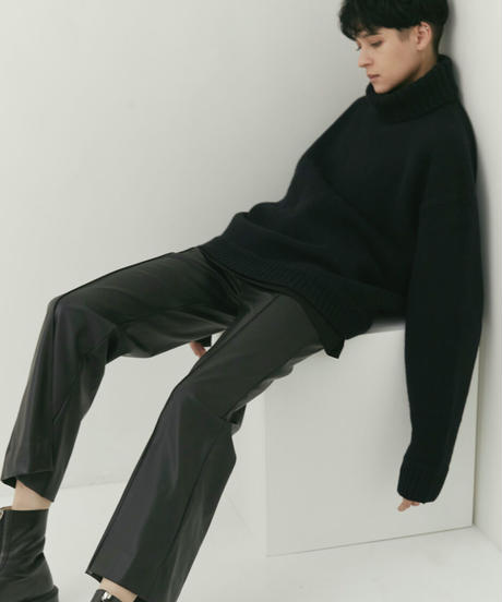 【9.25[sat]20:00‐PRE‐ORDER】OVERSIZED LAYERED KNIT PULLOVER  (BLACK)