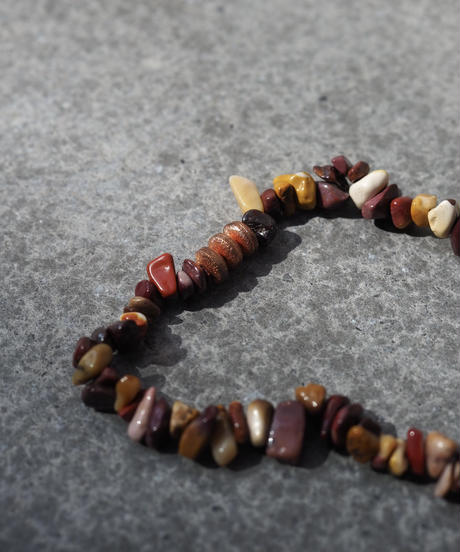 stone short necklace -moorkite-