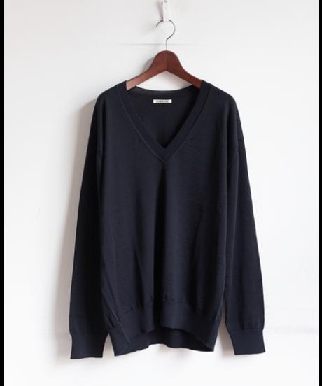 AURALEE Super High Gauge Wool Knit V-Neck P/O