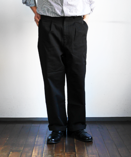 RICCARDO METHA Twill 1Tuck Wide Trousers