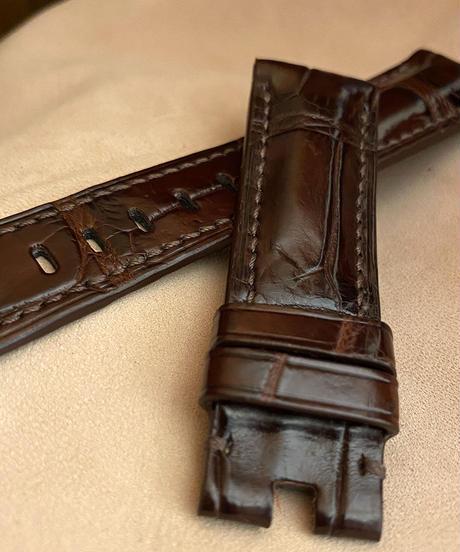 cro-576 クロコダイル レザー 腕時計 ベルト ダークブラウン (ラグ幅22mm - バックル幅20mm)