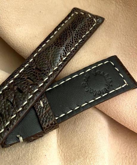 オーストリッチレザー 腕時計ベルト ダークブラウン (ラグ幅22mm - バックル幅20mm) ost-75