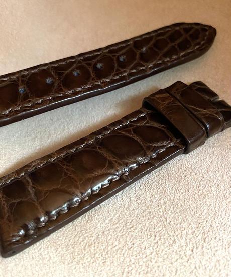 クロコダイル レザー 腕時計ベルト ダークブラウン (ラグ幅20mm - バックル幅18mm) cro-370