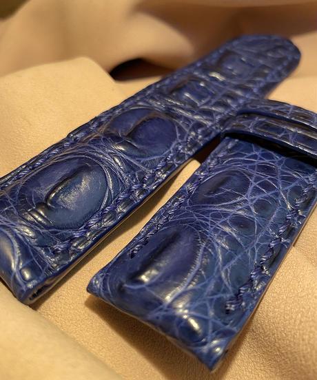 クロコダイルレザー 腕時計ベルト ブルー (ラグ幅24mm - バックル幅24mm) cro-336