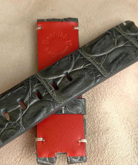 クロコダイル レザー 腕時計ベルト グレー (ラグ幅22mm - バックル幅20mm) cro-364