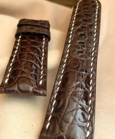 cro-552 クロコダイル レザー 腕時計ベルト ダークブラウン (ラグ幅24mm - バックル幅22mm)