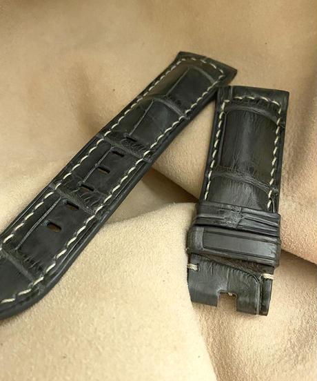 クロコダイル レザー 腕時計ベルト グレー (ラグ幅24mm - バックル幅22mm) cro-363