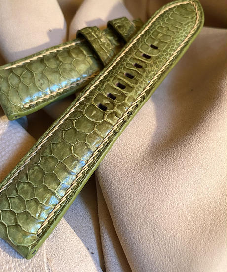 チキン レザー 腕時計ベルト ライトグリーン 24mm-22mm  CHI-2