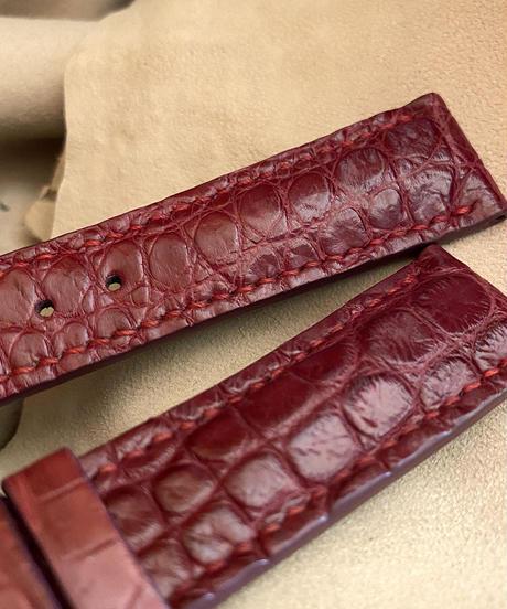 クロコダイル レザー 腕時計ベルト レッドプルーン (ラグ幅20mm - バックル幅18mm) cro-516