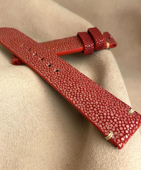 スティングレイ  腕時計ベルト レッド (ラグ幅20mm - バックル幅18mm)  sti-36