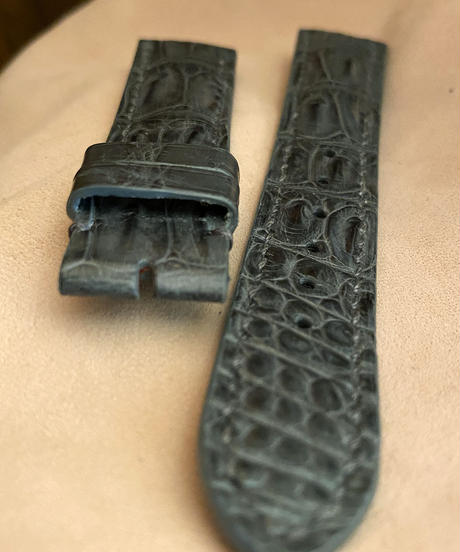 cro-575 クロコダイル レザー 腕時計 ベルト グレー (ラグ幅20mm - バックル幅18mm)