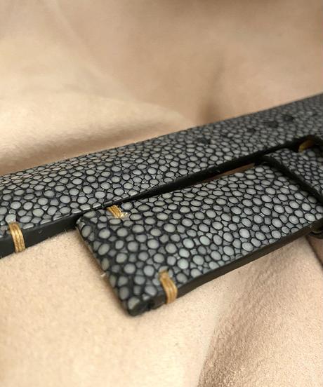 スティングレイ  腕時計ベルト ブラック (ラグ幅20mm - バックル幅18mm)  sti-28