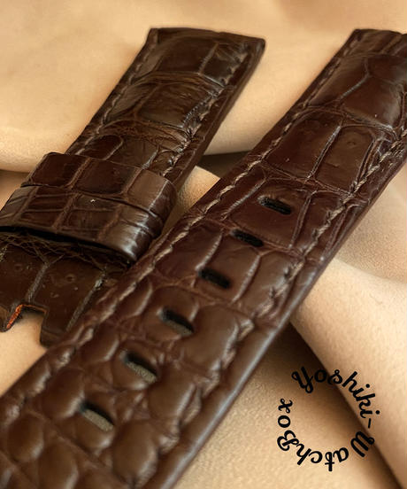 cro-568 クロコダイル レザー 腕時計 ベルト ダークブラウン (ラグ幅26mm - バックル幅22mm)