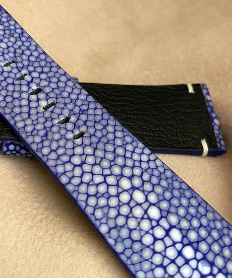 スティングレイ レザー 腕時計ベルト ブルー (ラグ幅26mm - バックル幅22mm)  sti-22