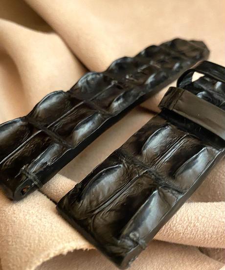 クロコダイル レザー 腕時計ベルト ブラック (ラグ幅22mm - バックル幅22mm) cro-368