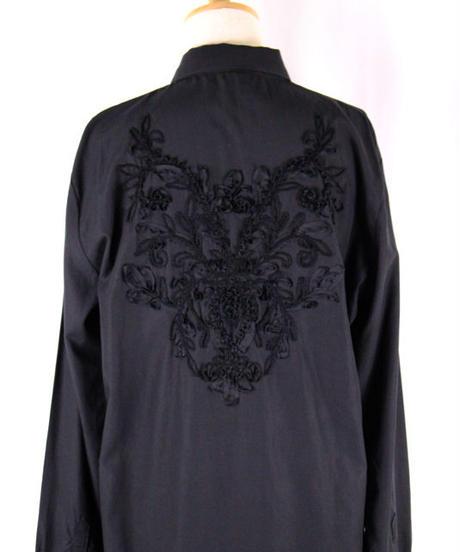 Bennu(ヴェンヌ)  110730406  / Back embroidery regular color long Shirts
