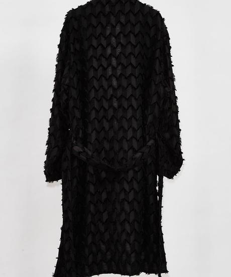 ys Yuji SUGENO (イース ユウジ スゲノ) 210330301-BLACK / Fringe cut jacquard shawl collar shirt gown