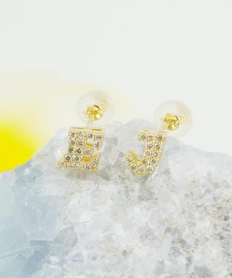 22056-667 K18ダイヤモンドイニシャル/E1