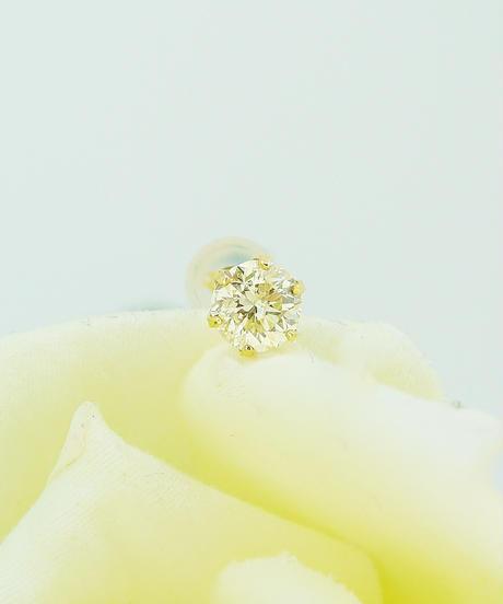 22056-230 K18YG ダイヤモンド0.5ctピアス