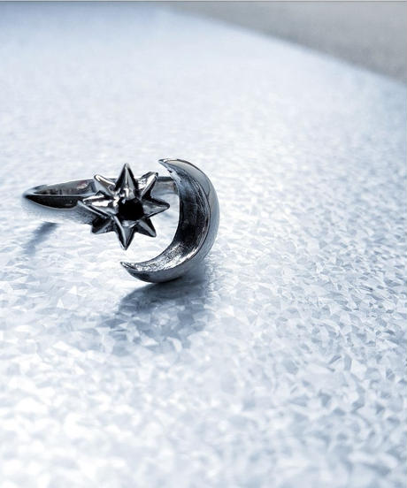 SILVER 925  Moon Ring