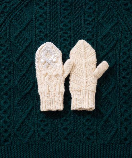 Hand aran knit mittens WHITE