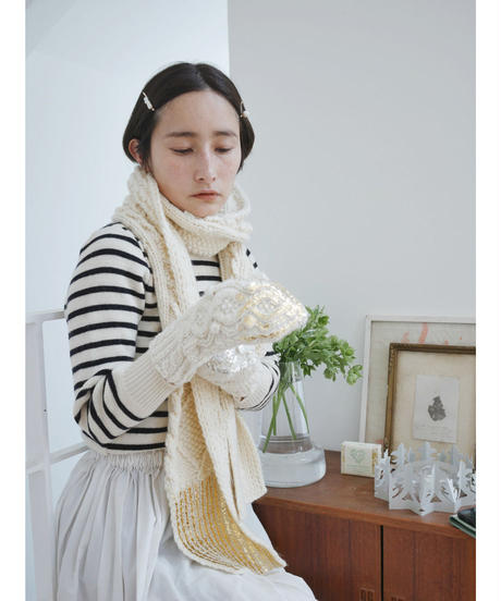 Hand aran knit mittens GRAY×SILVER