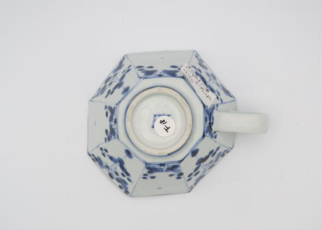 松尾貞一郎 染付け磁器花紋八角スープカップ18
