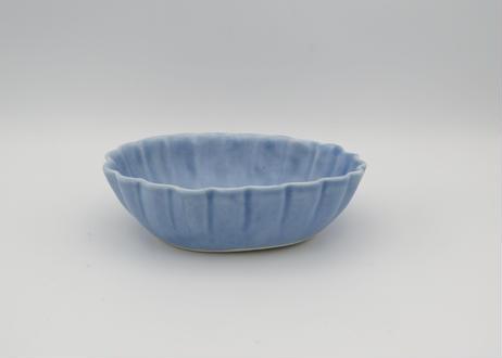 東まり子 磁器アクア釉楕円輪花小鉢