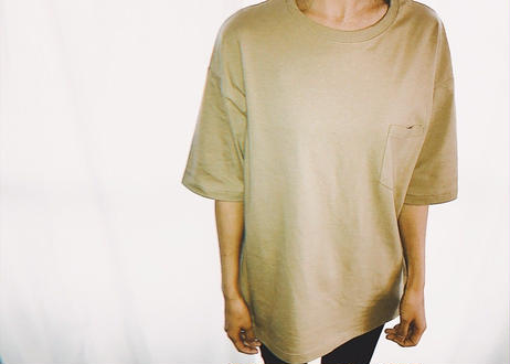 【Relax】Unisex Back Print Big Silhouette Tee ( Beige )