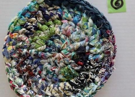リバティ裂き編みコースター(6)・Sサイズ・直径約10.5cm