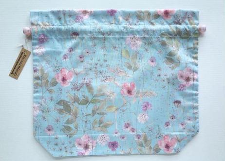 リバティトラベル巾着・イルマ(70%縮小サイズ柄)・水色