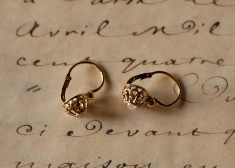 18k  Dormeuse earrings