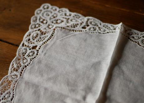 handkerchief   E