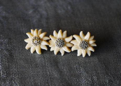エーデルワイス 3つの花 ブローチ フランスヴィンテージ ブロカント