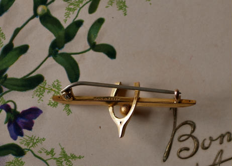 Edwardian 9CT GOLD brooch