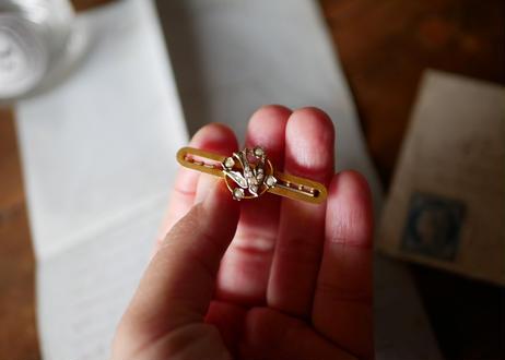 9K seed pearl , swallow brooch