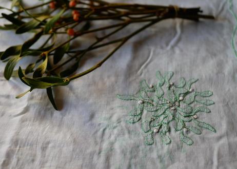 ヤドリギ ヴィンテージクロス 大判 手刺繍 フランスアンティーク ブロカント