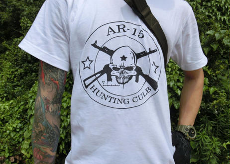 AR15 HUNTING CLUB Tシャツ 白