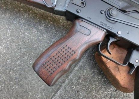 受注 次世代AKS74シリーズ用 Zタクティカルウッドグリップ製作