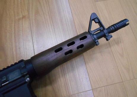 受注 マルイM4MWS用ADARタイプウッドハンドガード製作