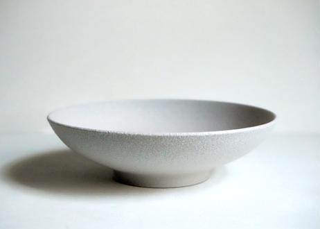 MN04 : 平たいbowl / white pink